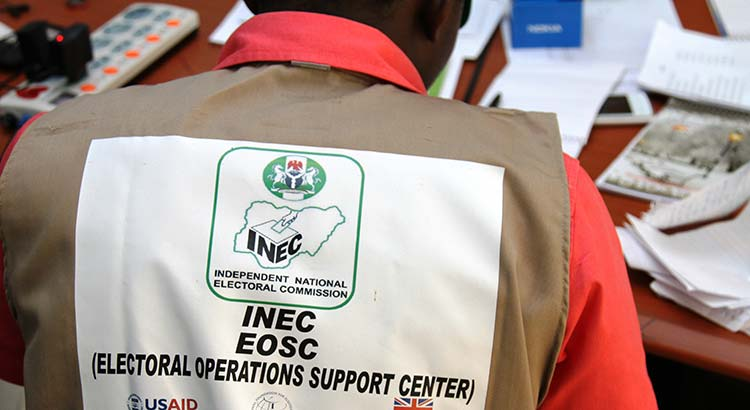 Nigerian Elections 2015: INEC staff in Abuja