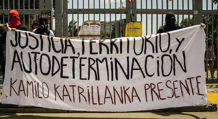 Demonstration der Mapuche