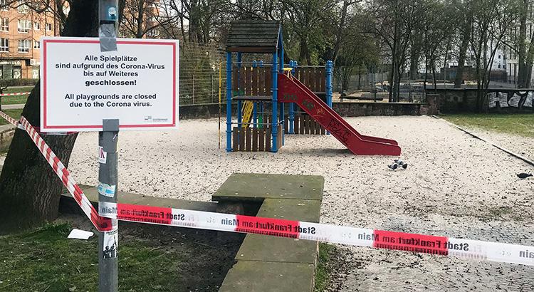 Geschlossener Spielplatz in Frankfurt (Foto: HSFK, Neukirchner)